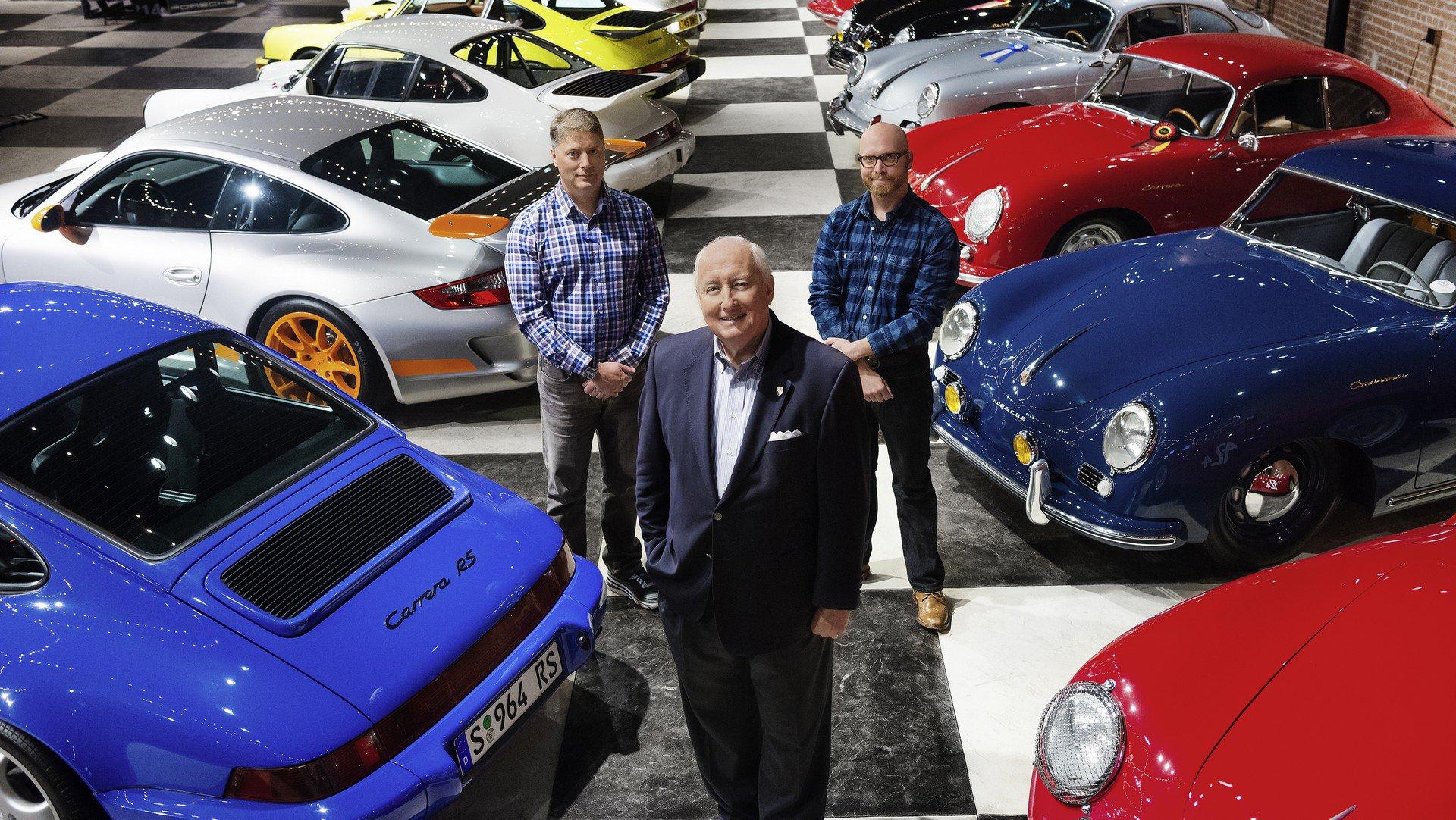 Взрыв газа уничтожил целую коллекцию редких Porsche