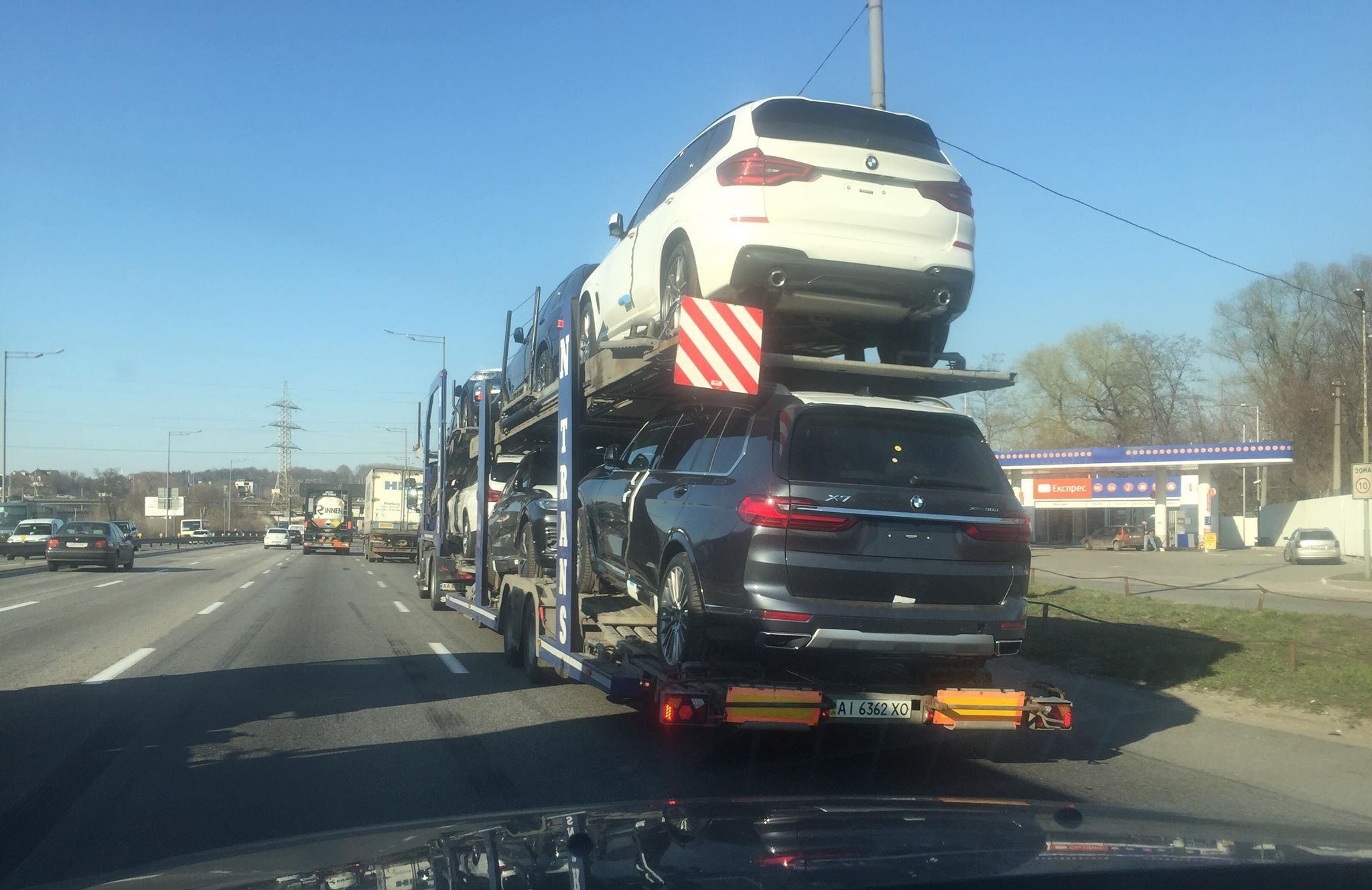 В Украине засветился самый дорогой кроссовер BMW