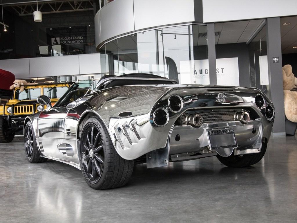 В Канаде выставили на продажу хромированный Spyker как в Украине