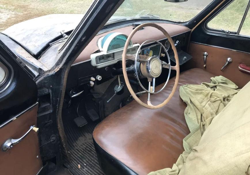 На продажу выставлена невероятная Волга ГАЗ-21 в американском стиле
