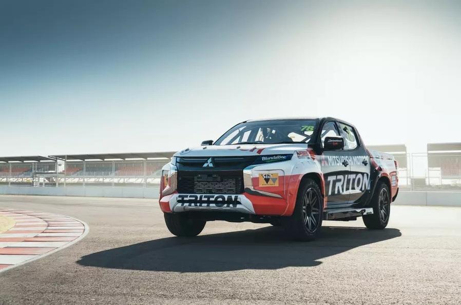 Mitsubishi представили экстремальный L200 с характеристиками суперкара