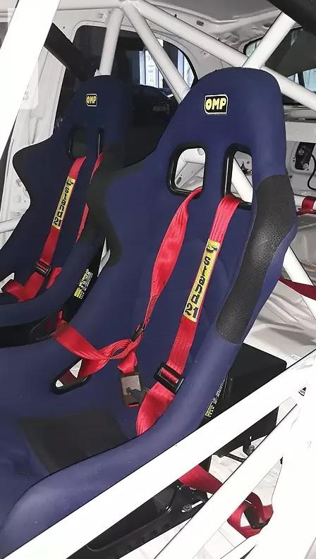 На продажу выставлен уникальный спорткар Ланос для гонок