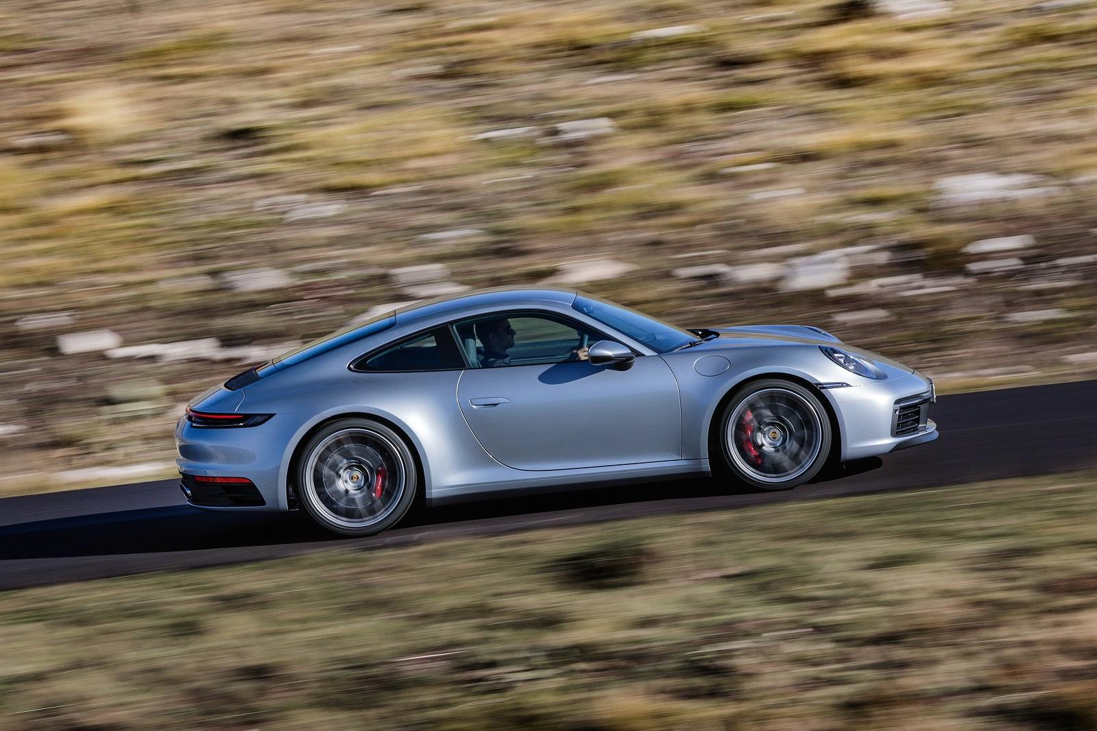 В Украине засняли новый Porsche 911 2019