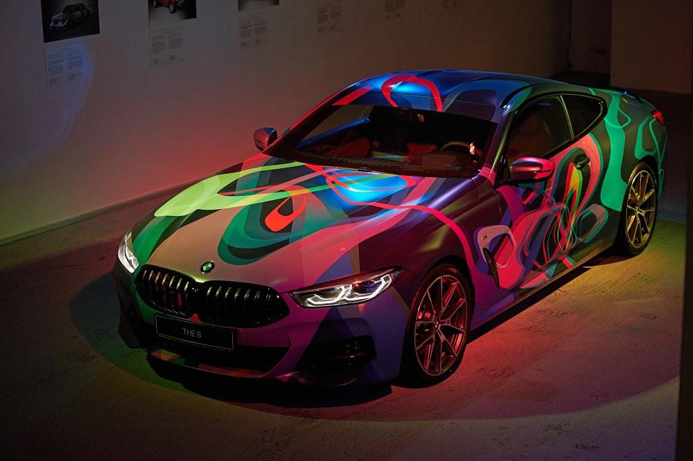 На фестивале Kyiv Art Week презентовали уникальную дизайнерскую BMW