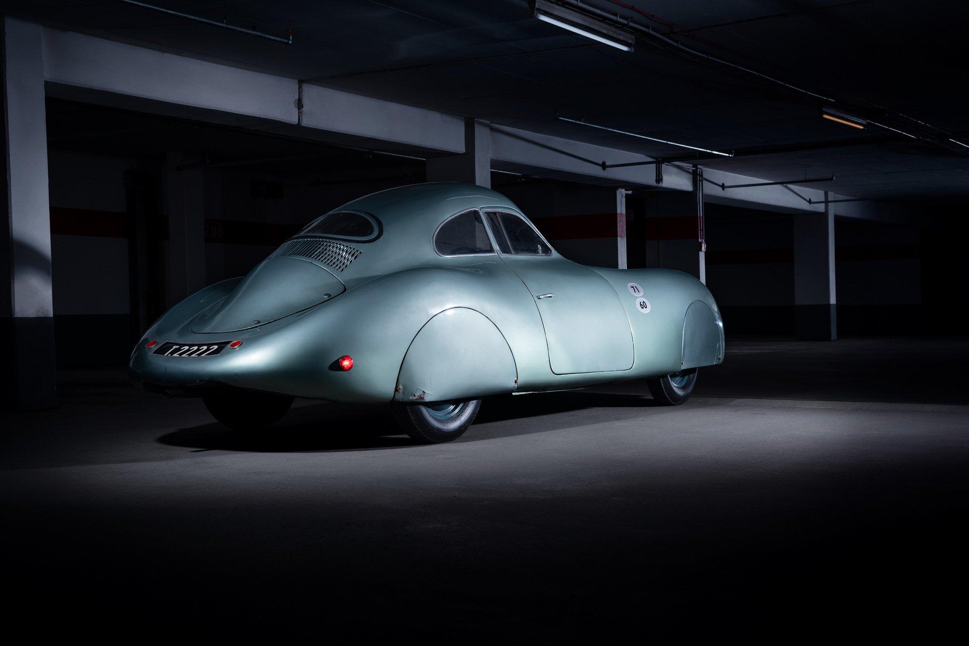 На аукцион выставлен самый первый Porsche в истории