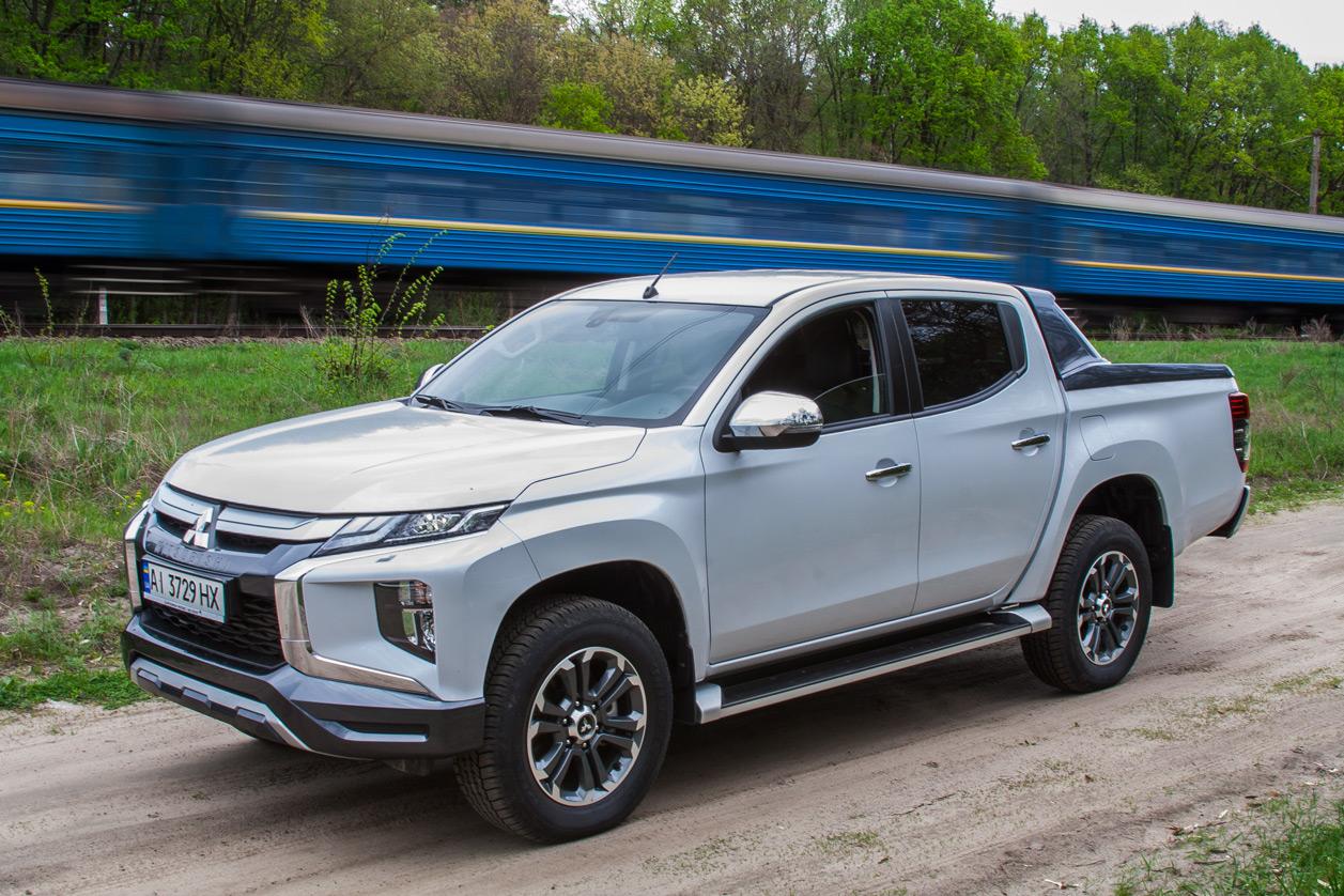 Mitsubishi L200: грузовик, который хочется купить уже за его внешность