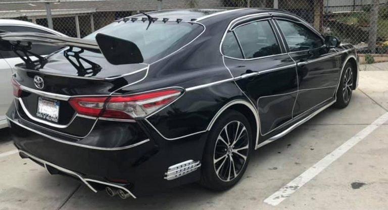 Как выглядит самый ужасный тюнинг новой Toyota Camry