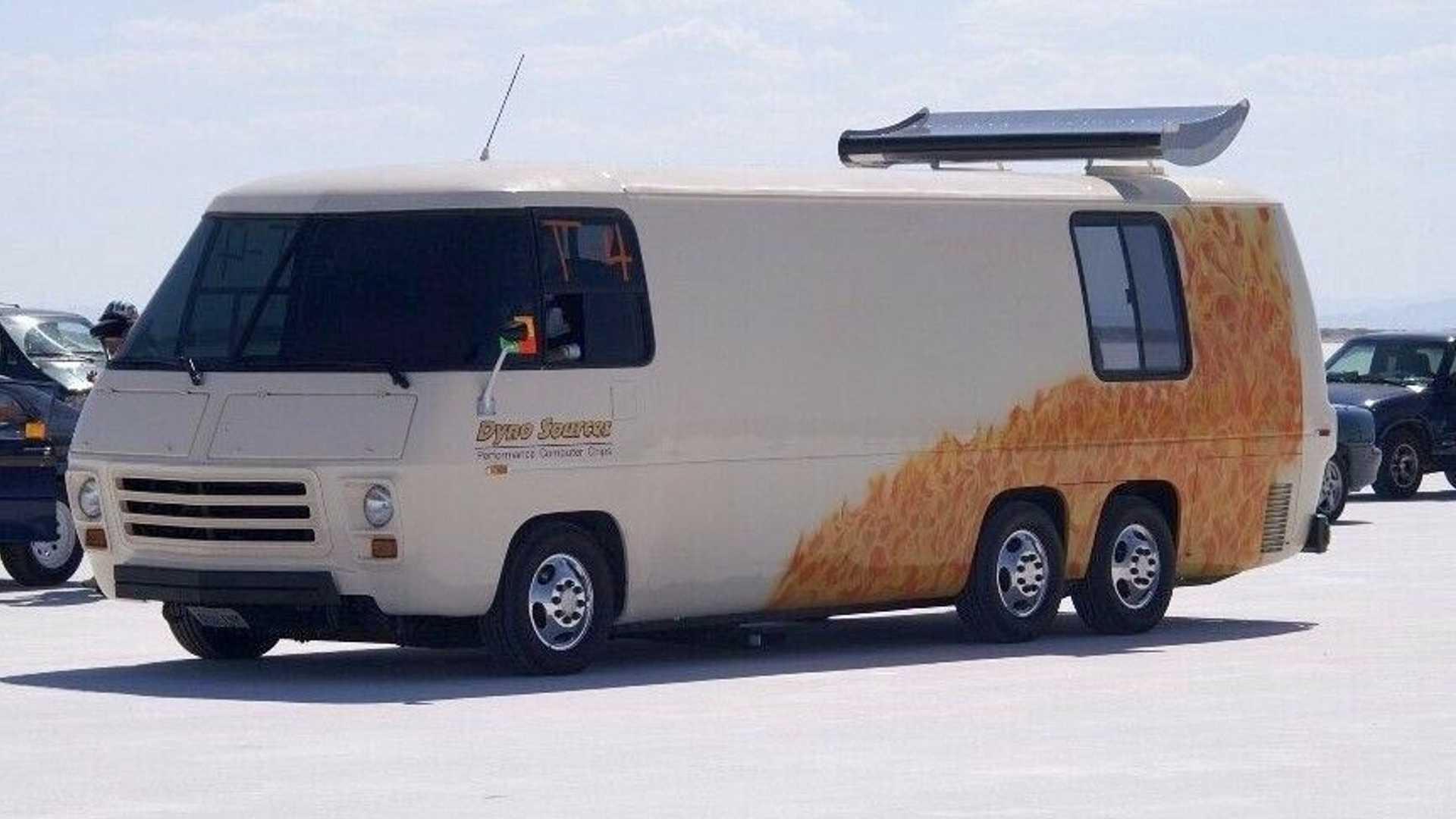 Самый быстрый в мире дом на колесах продают по цене Ланоса