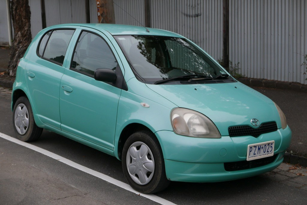 Самые неудачные автомобили за последние 30 лет