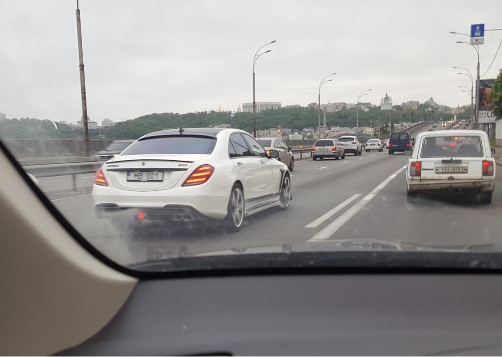 В Украине засветился сверхмощный Mercedes S-Class Brabus