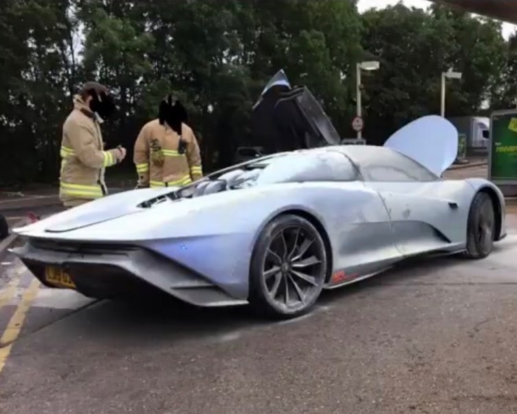 Самый дорогой суперкар McLaren сгорел во время тестов