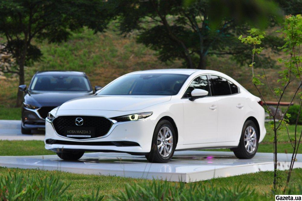 В Украине появилась новая Mazda 3 2019