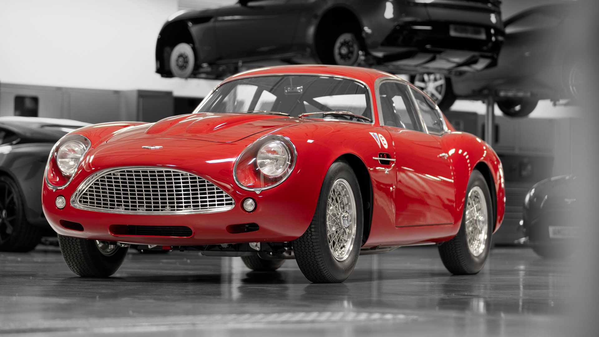 Первые фото ретро-спорткара Aston Martin за $7,5 миллиона