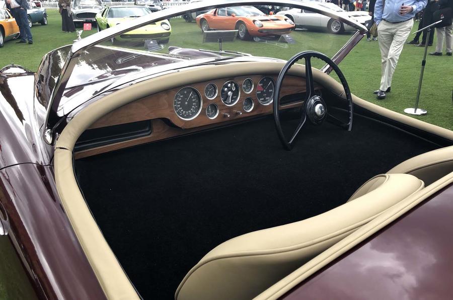 Уникальный 70-летний спорткар Bentley вернули в производство