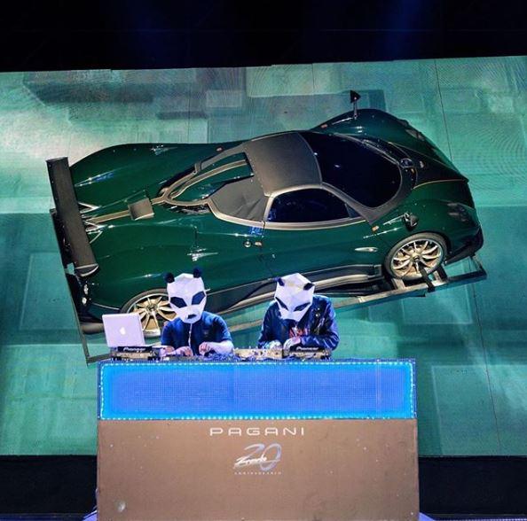 Первые фото с закрытой презентации эксклюзивного суперкара Pagani