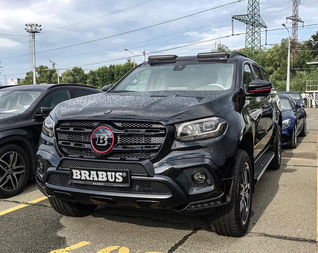 В Украине появился редчайший пикап Mercedes Brabus