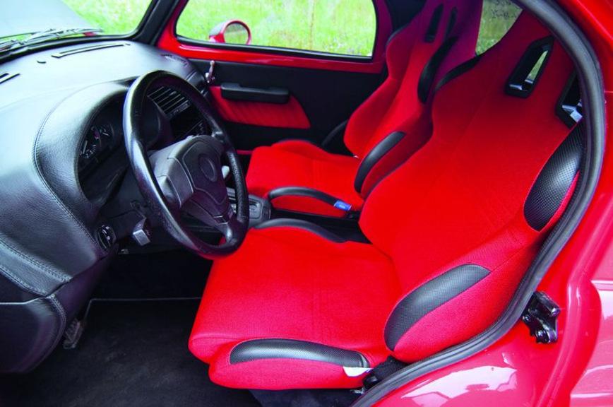 Старый Москвич скрестили с BMW 3 E36