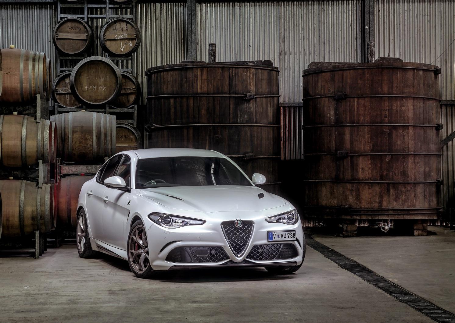В Украине появилась заряженная Alfa Romeo с двигателем Ferrari
