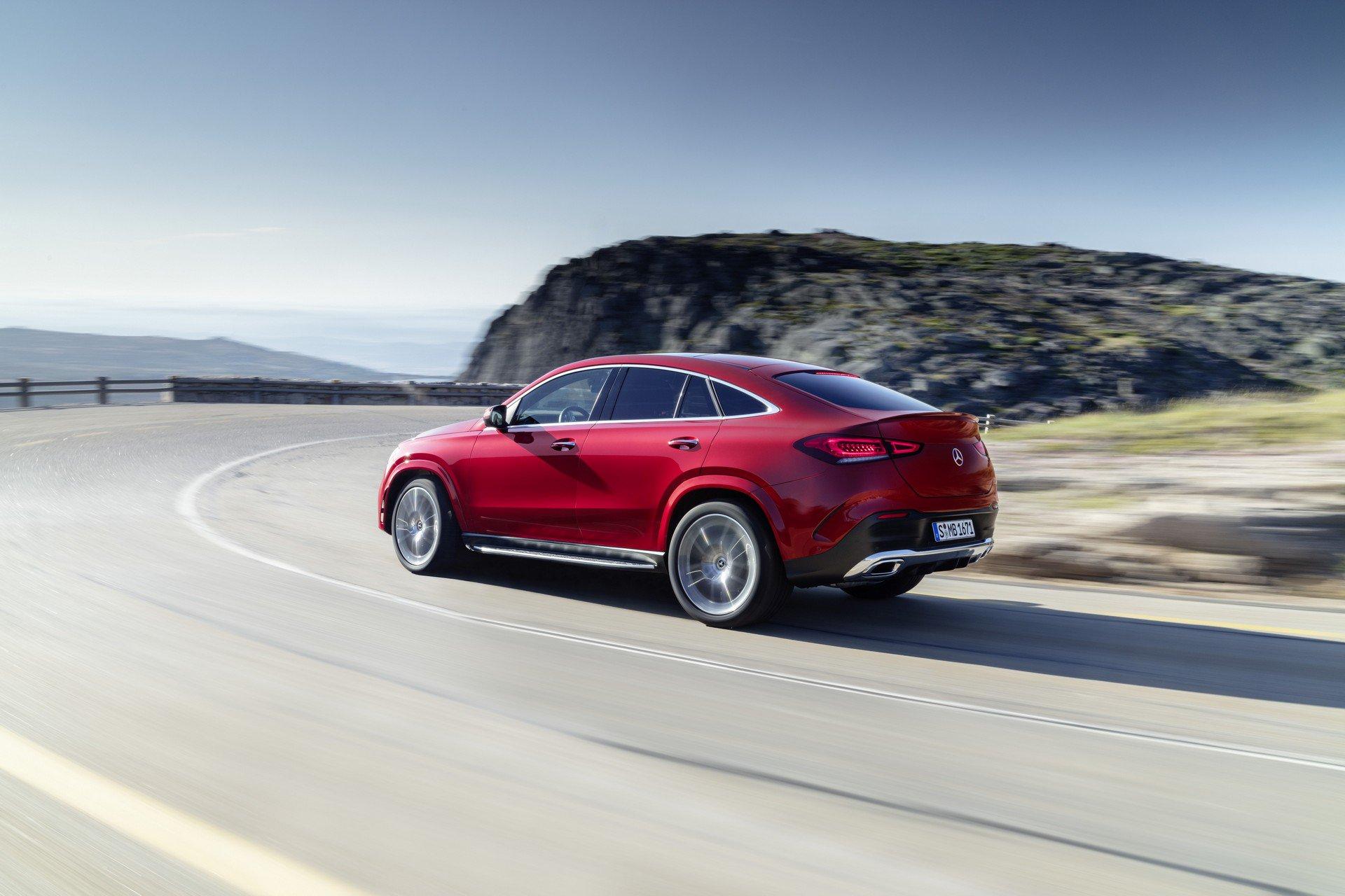 Официальные фото и все подробности нового Mercedes GLE Coupe