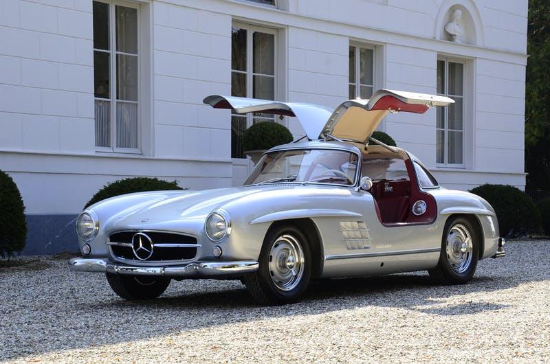 Самые красивые автомобили всех времен и народов
