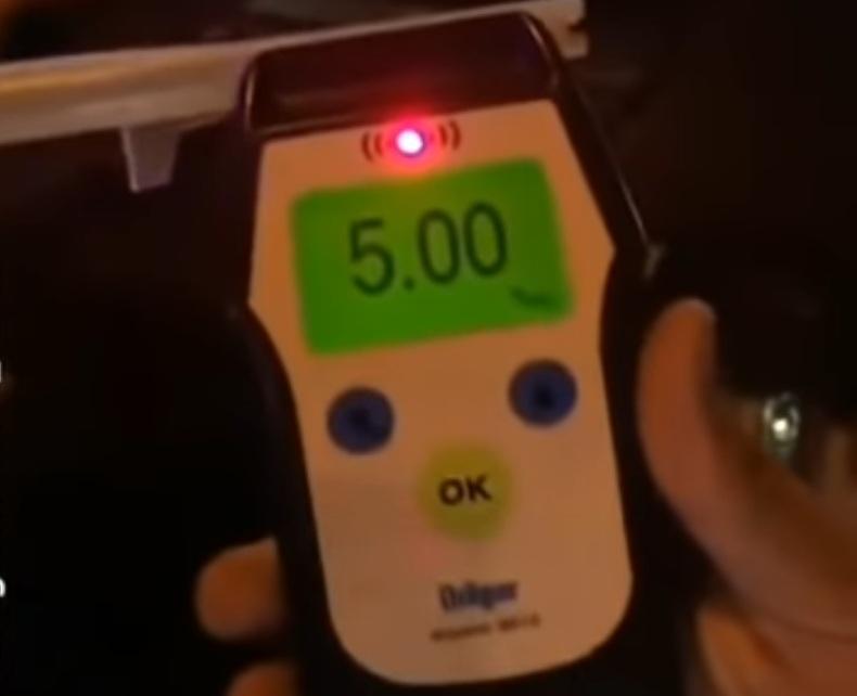 Нацполиция задержала водителя в рекордной степени опьянения (видео)