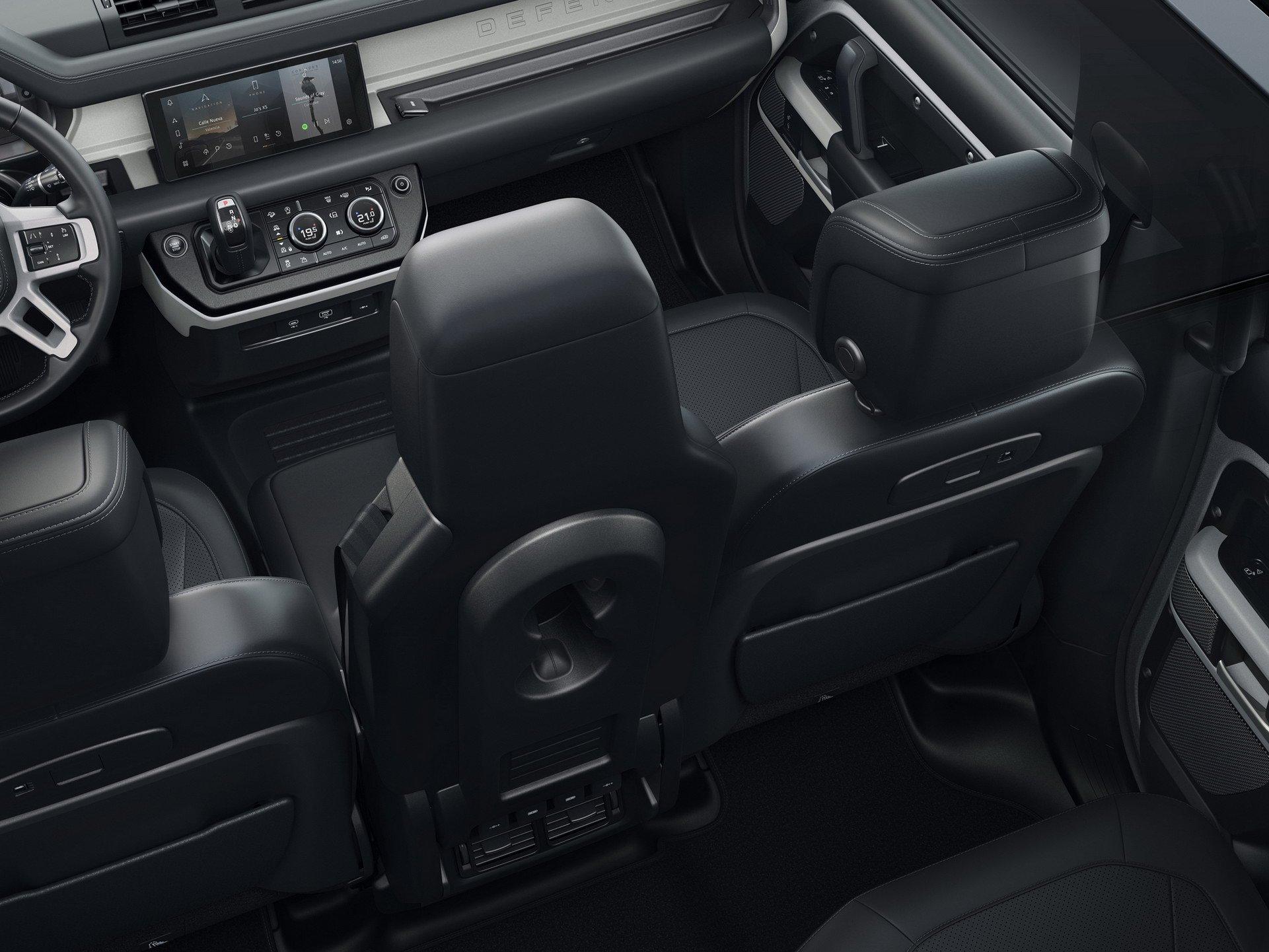 Живые фото и обзор нового Land Rover Defender 2020