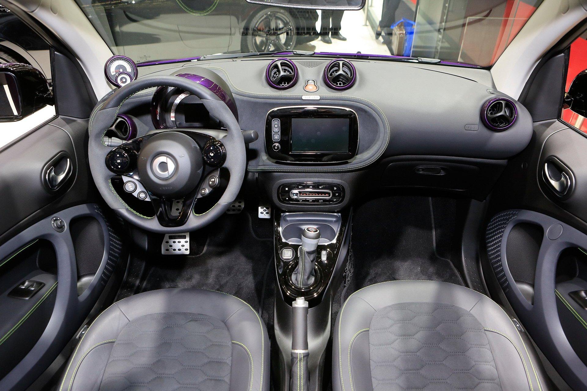 Новый Smart Brabus поразил ценой и мотором