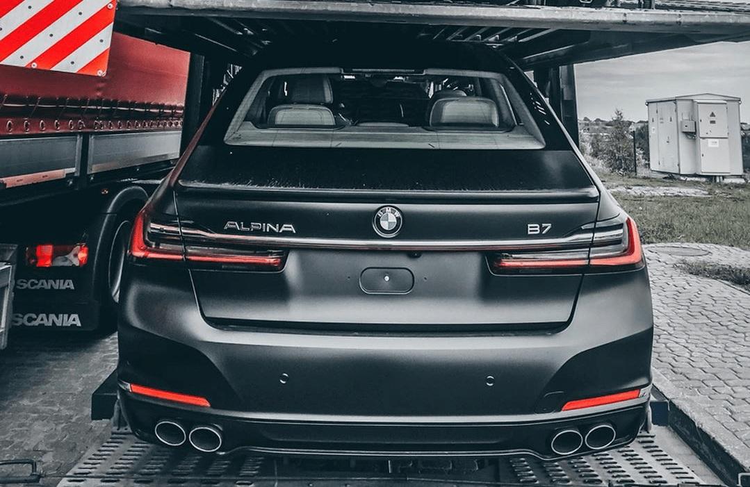 В Украине засветилась самая быстрая и самая новая семерка BMW