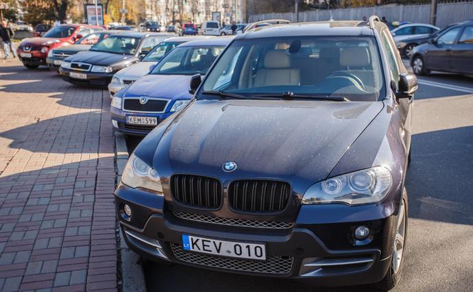 В Украине продолжают штрафовать авто на еврономерах?