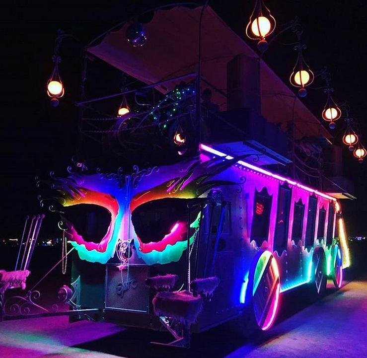 Самые удивительные автомобили с фестиваля Burning Man 2019