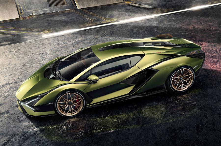 Первый гибрид Lamborghini стал самым быстрым авто в истории марки