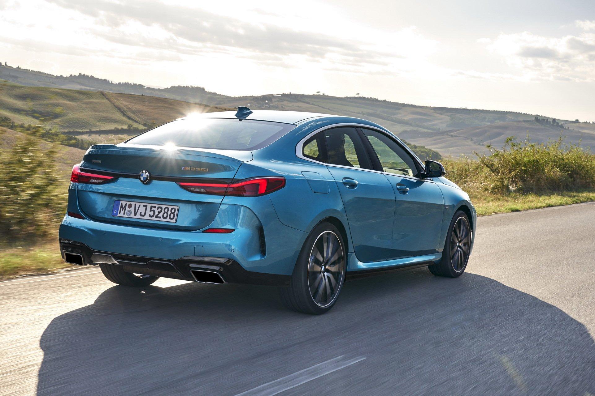 BMW 2 Series Gran Coupe: официальные фото и подробности конкурента Mercedes CLA