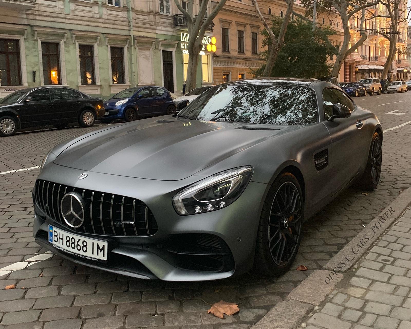 Новейший спорткар Mercedes-AMG GT C в Украине