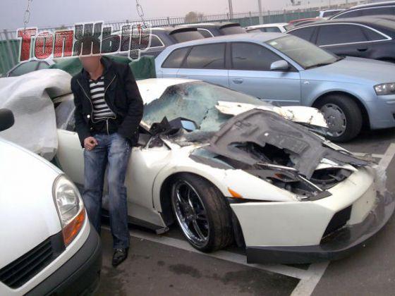 В Украине заметили уникальный тюнингованный суперкар Lamborghini