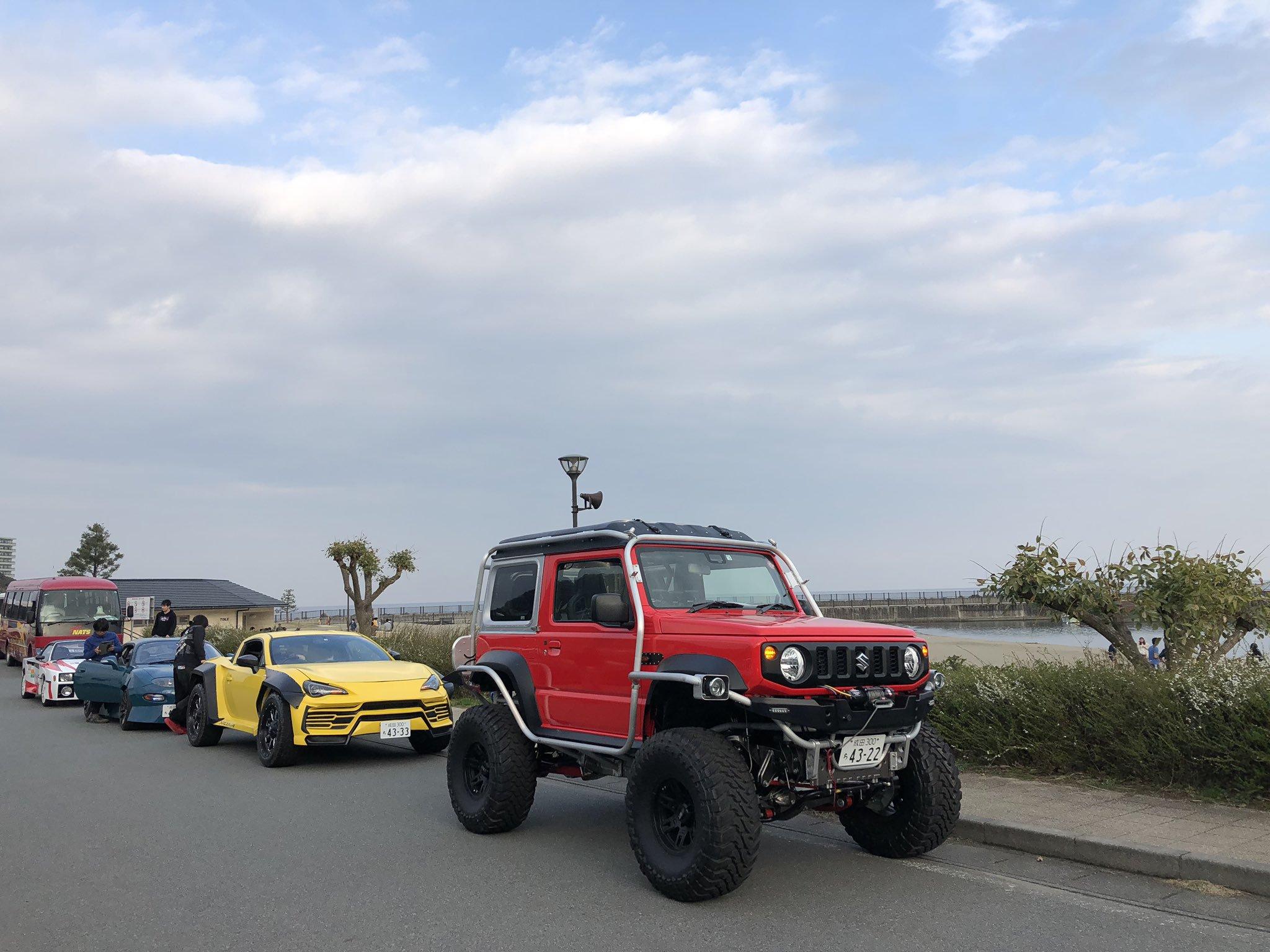 Японские студенты выполнили безумный тюнинг Suzuki Jimny 2019