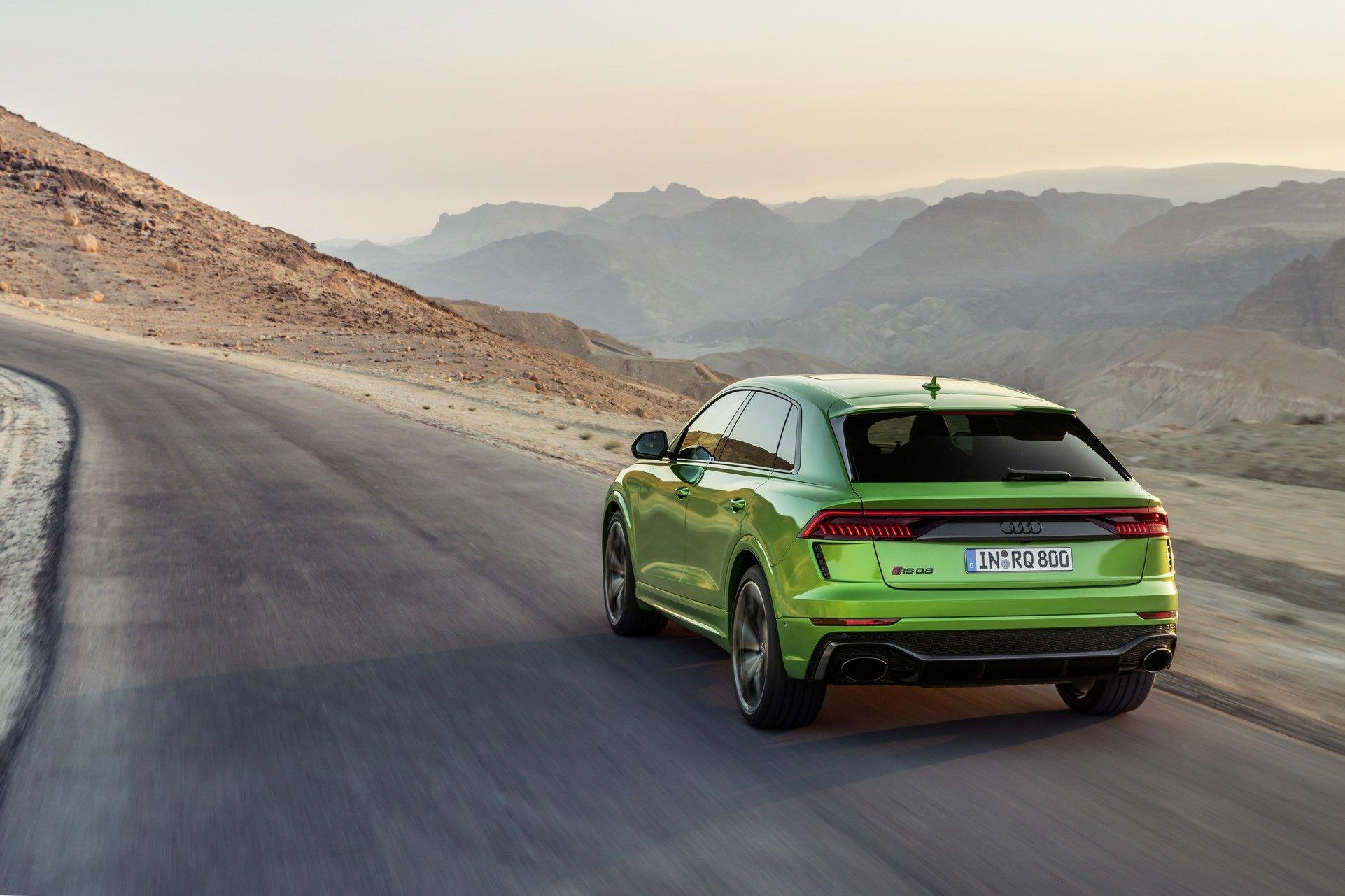 Новый кроссовер Audi удивил характеристиками как у суперкаров