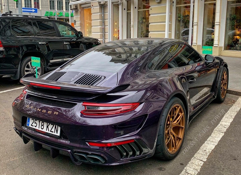 В Украине засняли 900-сильный тюнингованный Porsche 911