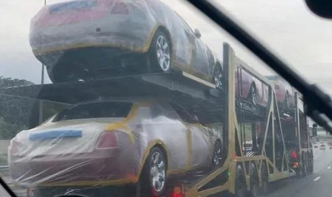 Монарх купил два десятка Rolls-Royce и сотню BMW для своей родни