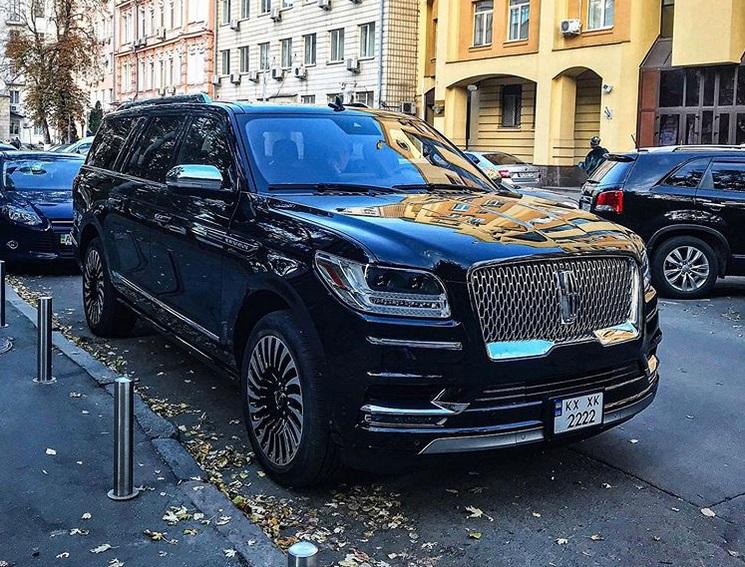 В Украине засветился самый роскошный американский внедорожник