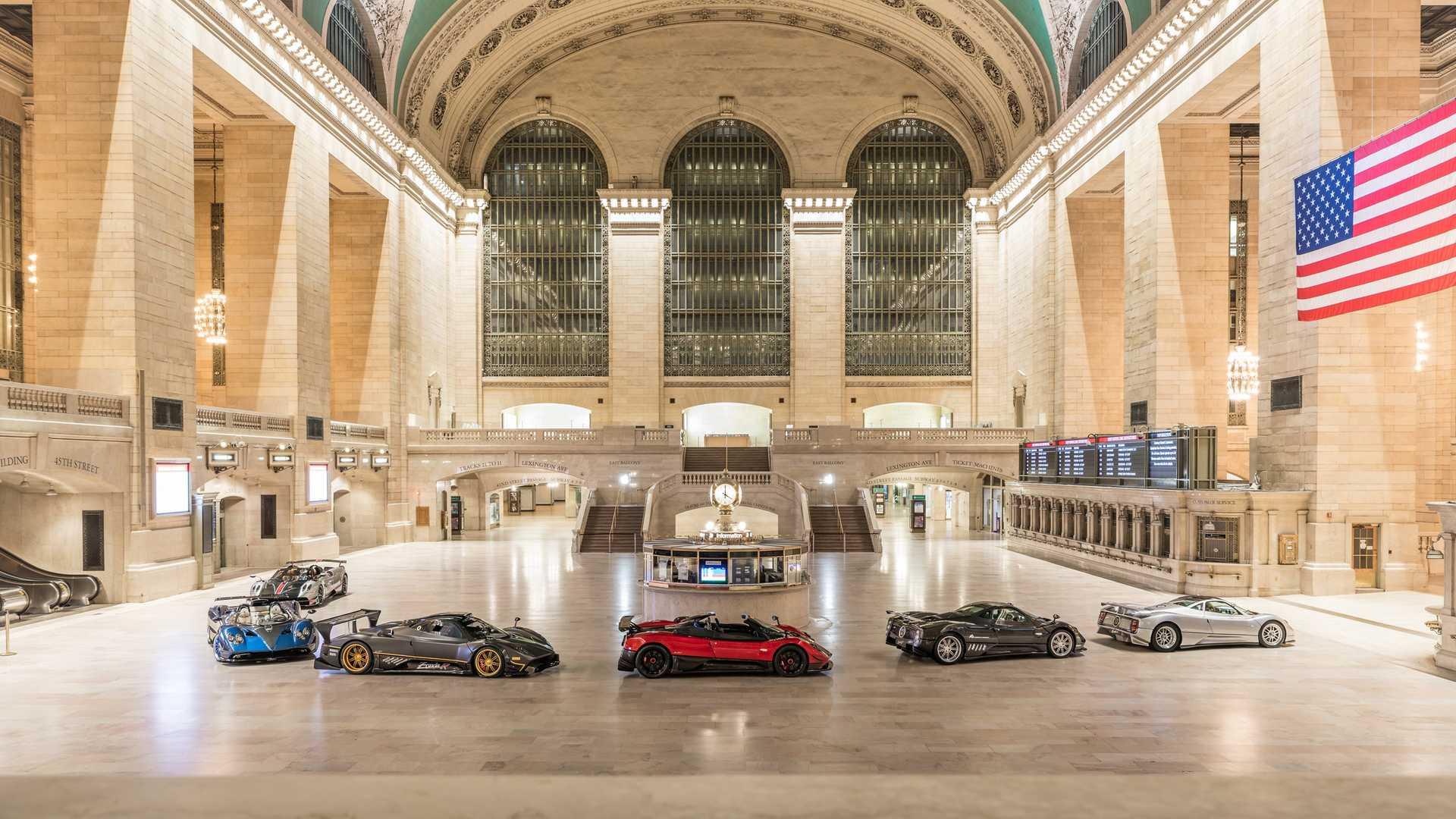 Эксклюзивные суперкары Pagani заполонили центральный вокзал