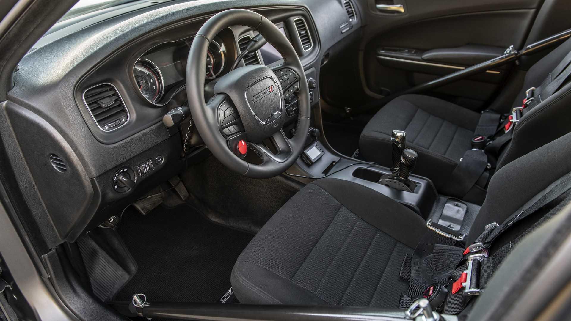 Самый мощный в мире седан может потягаться с Bugatti