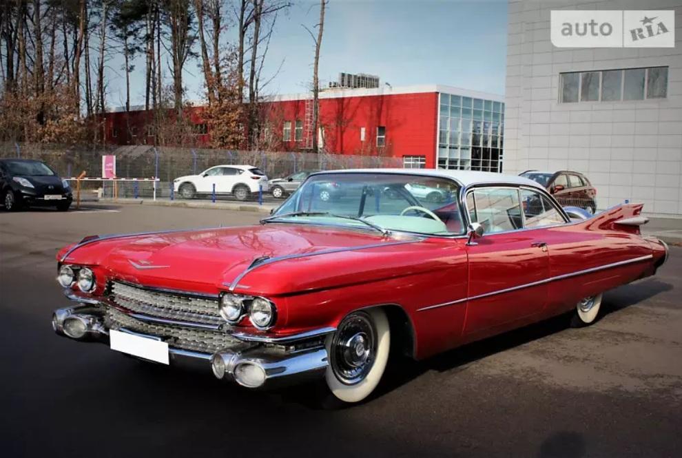 В Украине продается фантастический Cadillac как у Элвиса