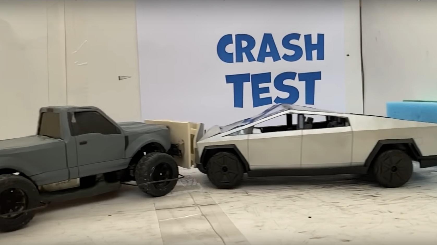 Первый краш-тест пикапа Tesla Cybertruck (видео)