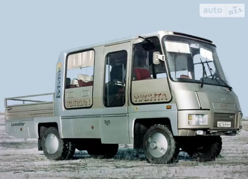 В Украине продается редчайший советский автобус с полным приводом