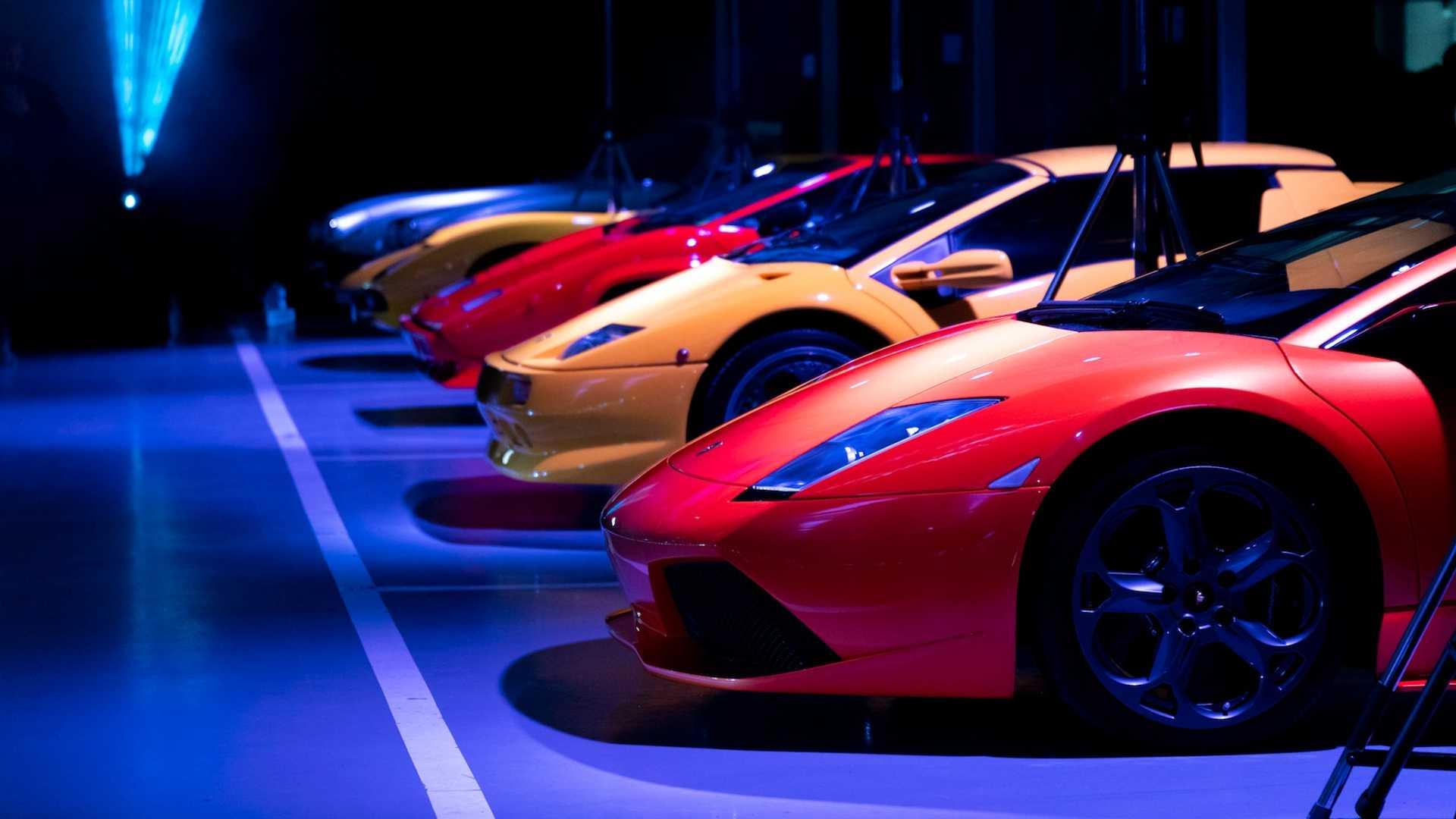 Эксклюзивные суперкары Lamborghini стали гостями на званом ужине