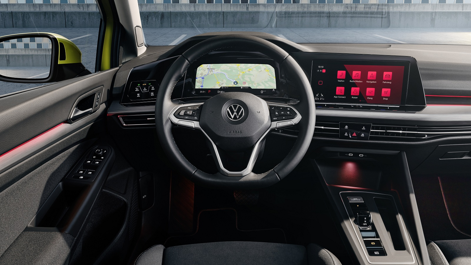 Тест нового Volkswagen Golf 8: первые впечатления от лидера класса