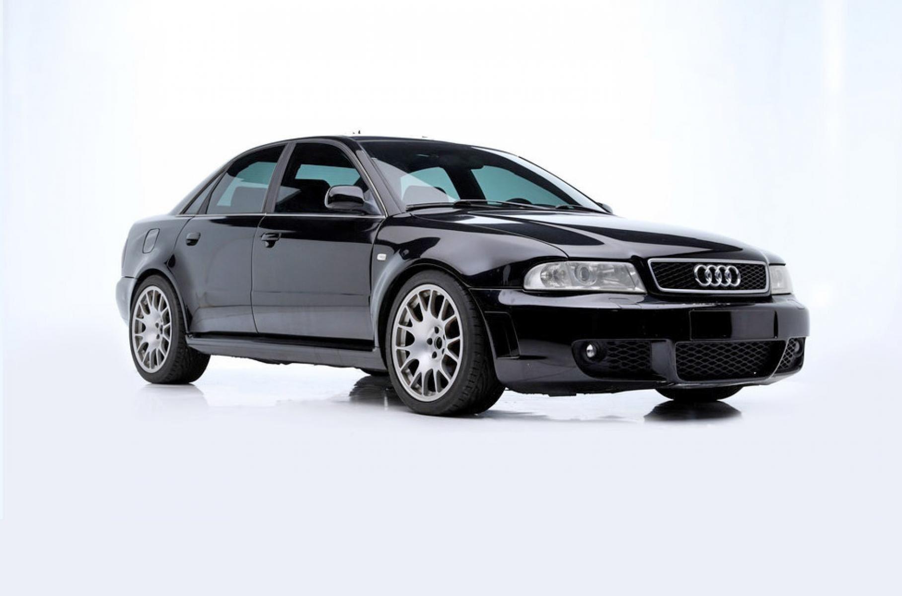 Самые крутые авто звезды «Форсажа» продали с аукциона
