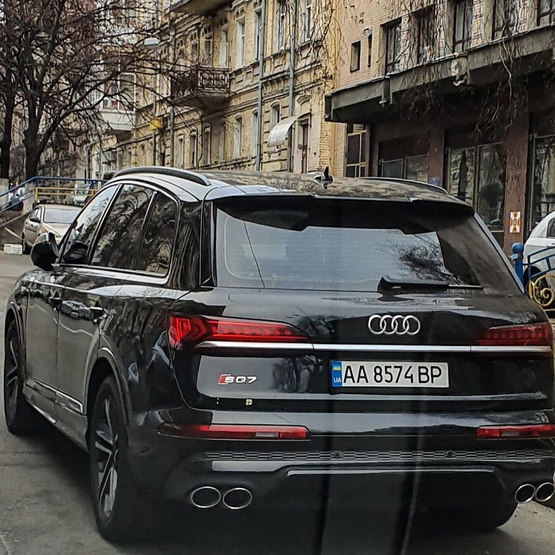 В Киеве заметили новейший заряженный кроссовер Audi
