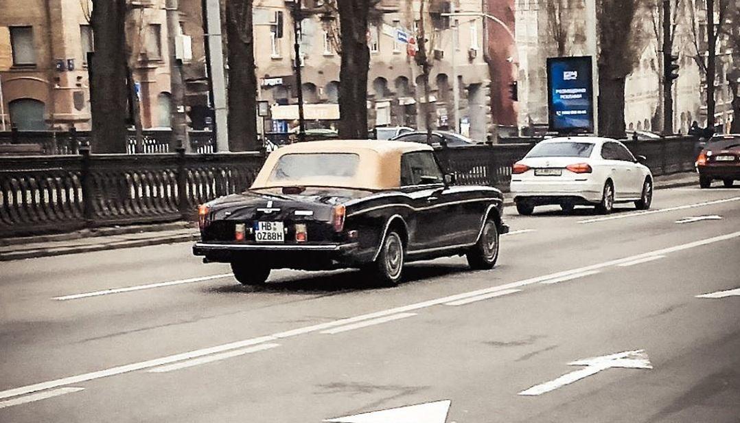 В Украине засветился редчайший коллекционный кабриолет Rolls-Royce