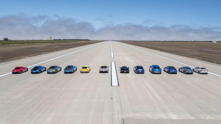 Самый крутой драгрейсинг года: 12 авто и 7000 сил (видео)